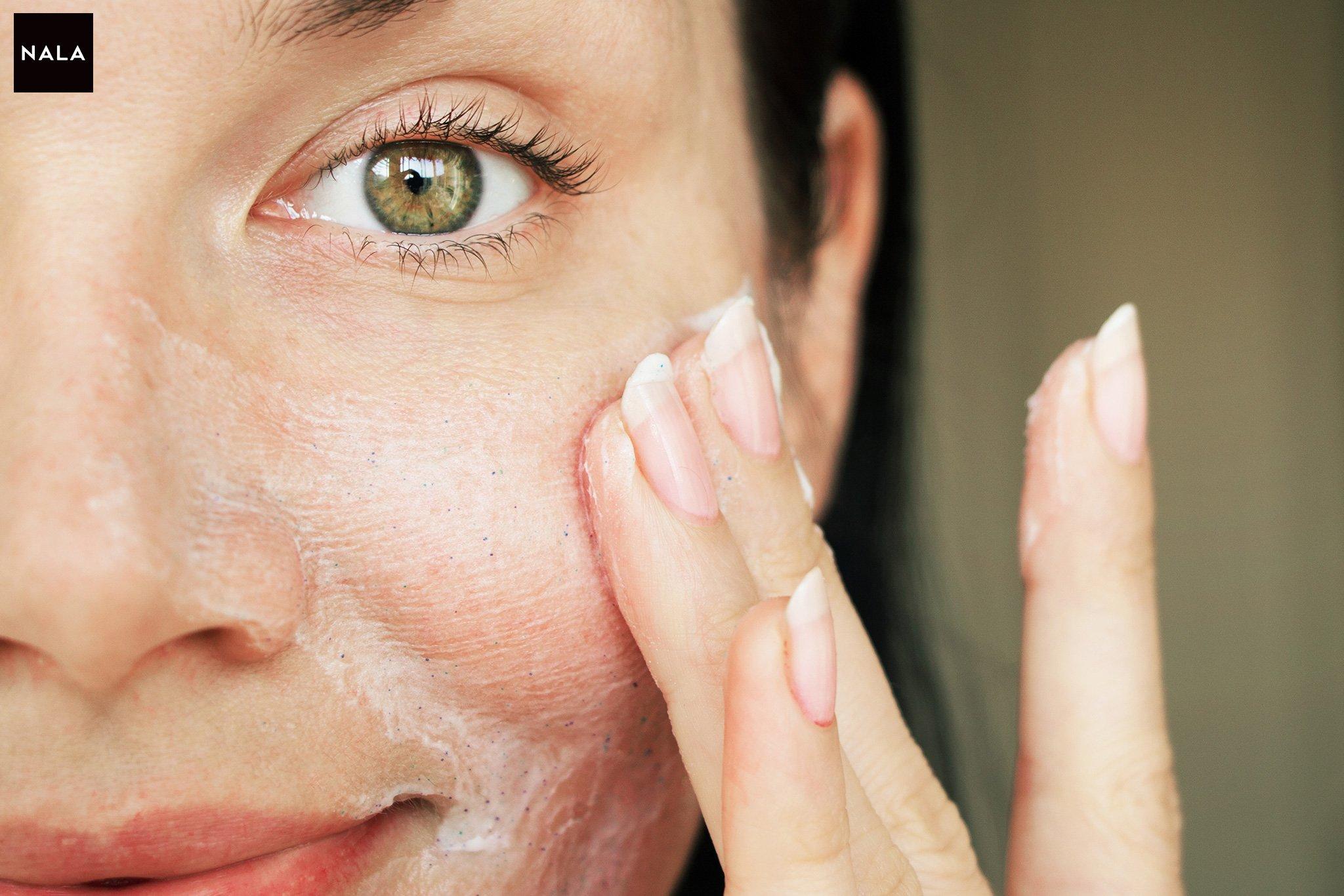 Exfoliant facial